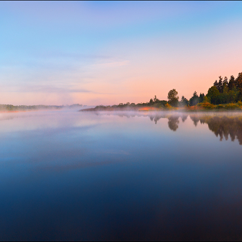 Рассвет и река